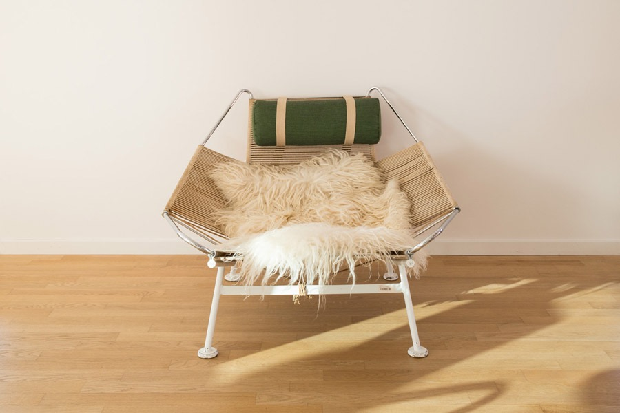 FLAG HALYARD CHAIR - H. J. Wegner