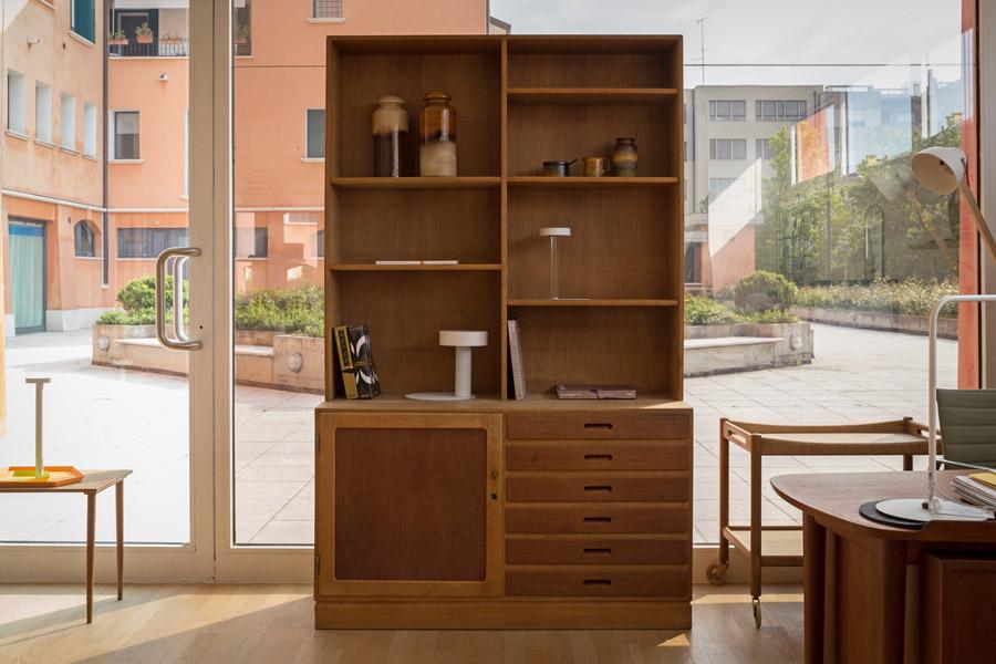 Cabinet & Bookshelves- Cod. 1161