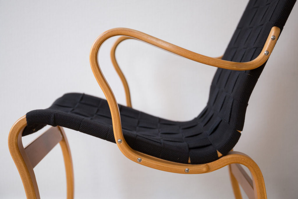 Cod. 1179 – Eva lounge chairs – B. Mathsson