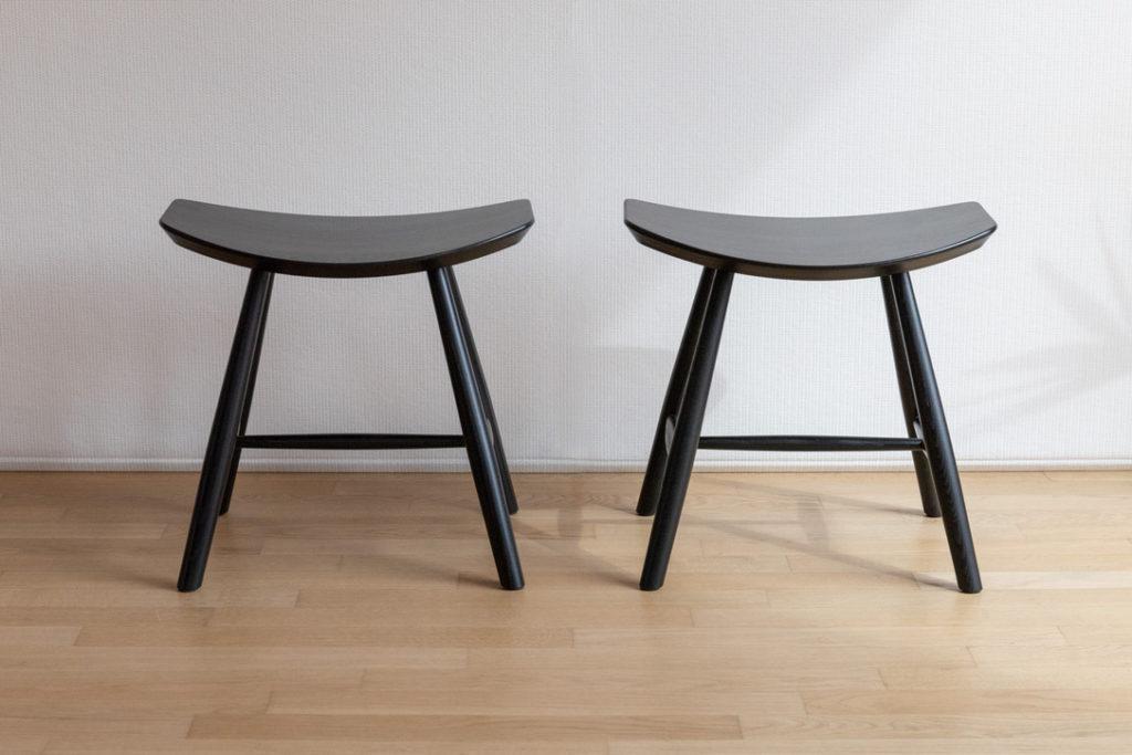 Stool in frassino nero Mod. J63 by Fredericia Furniture – Cod. 1330