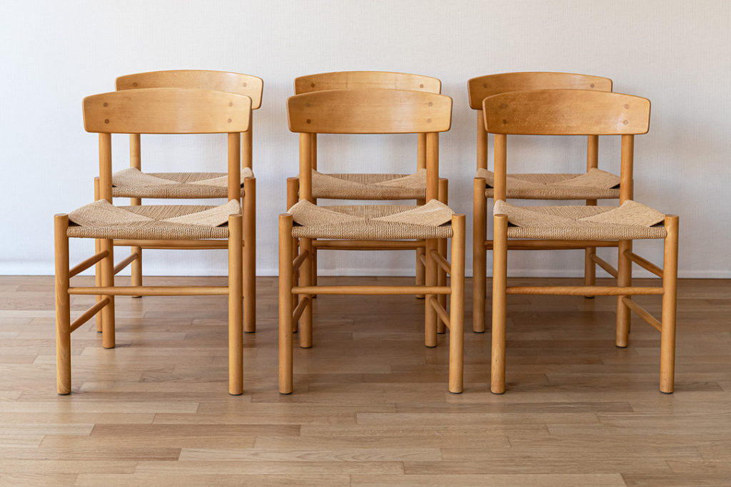 People-chairs